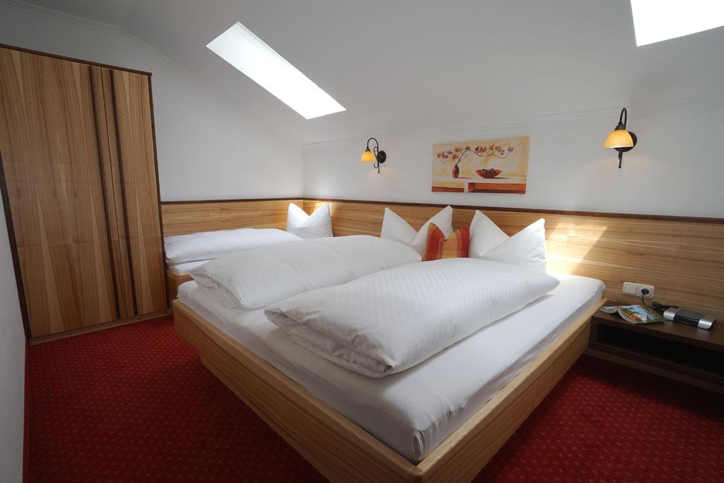 Appartments Rosenhof Ruhige Appartements In Zentraler Lage In Fiss